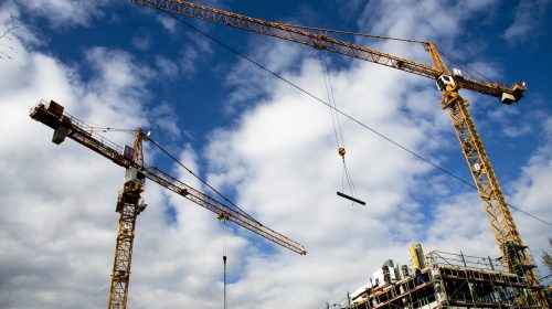 איך חברה ייזום ובנייה מנהלת פרויקטים גדולים